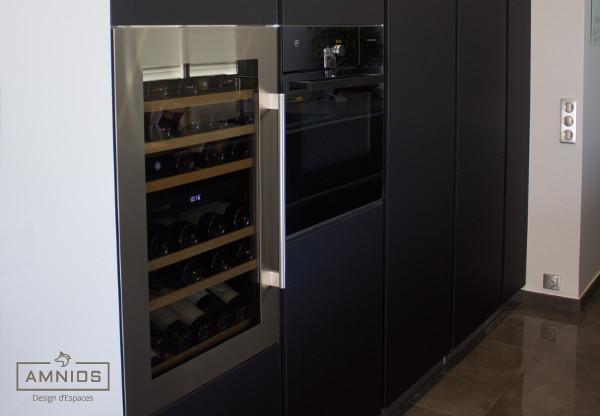 renovation - cuisine - travaux - grenoble - amnios - design - maitre d'oeuvre - la cave a vins de la cuisine